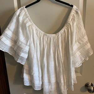 Cute off shoulder top. Worn once